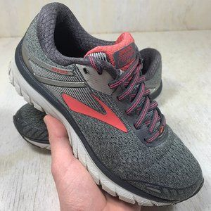Brooks GTS 18 running shoes